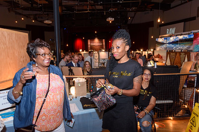 customers viewing the Minnie Blue vendor setion at RAW Nashville